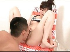 Gradual Japanese pussy squirts in hot video