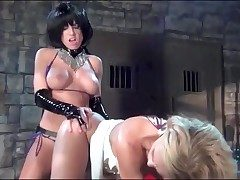 Kinky homophile strapon sex in the dungeon