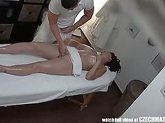 Big-titted MILF Gets Fucked during Rubdown